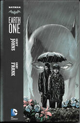 Batman Earth One By Geoff Johns And Gary Frank Hardcover Like New