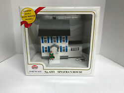 Model Power Sinatra's House - Lighted - No.6351 - O-o-27 Scale W/ 2 Figures-new