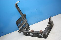 Audi A8 4d Mud Guard Bracket Carrier Holder Supporting Part Front Right