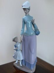 Lladro Mother Daughter Homecoming Lady Woman Holding Childs Hand Retired 14tall