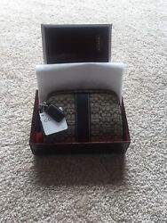 coach cosmetic bag new $60.00