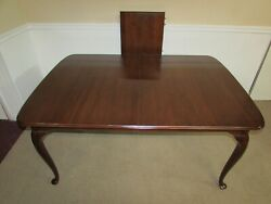 Davis Cabinet Company Cherry Queen Anne Dining Room Table, 1 Leaf, 81