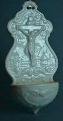 French Porcelain Holy Water Font 19 Th Century Creil - Montereau 1840-1896