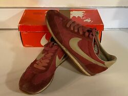 Rare / Collectible 1982 Nike Lady Oceana Woman's Size 7 1/2 Shoes 1788, Used