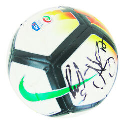 Signed Juventus Football - Serie A Champions 2019 +coa