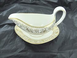 Wedgwood Gravy Boat With Plate W4219 Gold Florentine Dragons On White