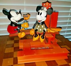 Extremely Rare Walt Disney Mickey Mouse Building A Building Big Le Statue Boxed