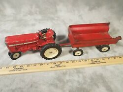 Ertl International 544 Die Cast Tractor Toy With Grain Wagon 1/16th Scale 1969