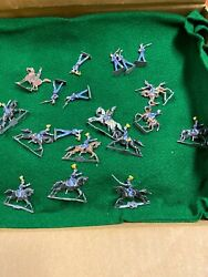 Antique Lead Soldiers 100 Piece Set Toy Metal Figurines Collection
