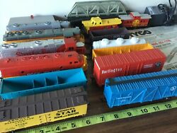 Tyco Train Set Over 30 Pieces 4 Engines Track Incomplete V