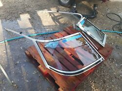 Oem 174 Sei Larson Complete Boat Winshield 17 Foot Used In Great Condition