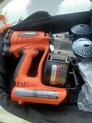 Paslode Impulse Roofers Choice Cordless Roofing Gun Complete W/ Pack Cr175c