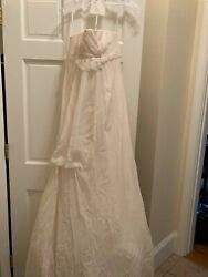 Vera Wang Wedding Dress.excellent Condition. Never Worn. Champagne Color