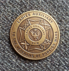 Vintage Ladies Auxiliary Vfw Veterans Of Foreign Wars Token Coin