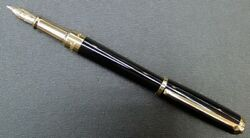 New Fountain Pen St Dupont Line D Medium Black Lacquer And Gold F Japan