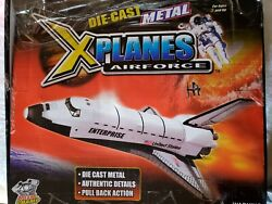 Planes Box Of 6 Die-cast Metal 71/2 Space Shuttle With Pull And Go Action