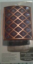 Yankee Candle Fragrance Diffuser Raised Diamond Pattern w Bronze Border