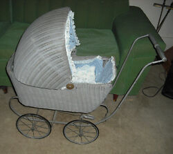 Antique Victorian Wicker Baby Doll Buggy Stroller Carriage Vintage. Local Pickup