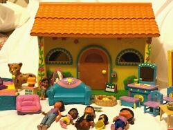 Dora The Explorer Talking House And Furniture And Accessories..618 Aa
