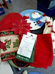 L👀k Lot Of Christmas Table Linens- Placemats Hand Towels Runners Napkins 21 Pcs