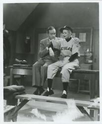 Unknown Artist Lucille Ball In Baseball Outfit Und Bob Hope Reproduktion Foto