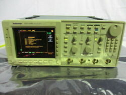 Tektronix Tds 684b Color Four Channel Digital Real Time Oscilloscope 453374