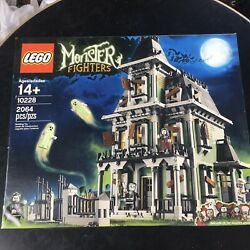 Lego Monster Fighters Haunted House 10228 Retired Factory Sealed Nib Halloween