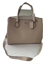guess handbag crossbody For Women New With Tags $70.00