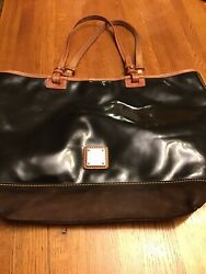 Dooney And Bourke Black Large Patent Leather And Suede Tote..pre owned $25.00