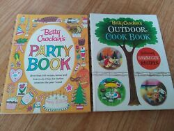 1st Edition Betty Crocker Vintage Cook Books Outdoor + Party 1960and039s Very Cute