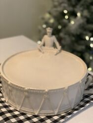 Pottery Barn 12 Days Of Christmas Drummer Boy Cake Pie Stand New W/tag Retired