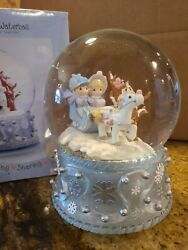 Precious Moments Musical Waterball Plays Jingle Bells Boy And Girl In Sleigh
