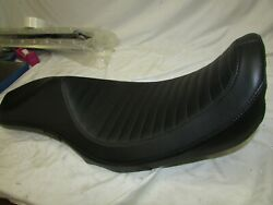 2006-17 Harley Dyna Lepera Villain Seatpleated Fxd/fxdb/fxdl/fxdc/fxdwg/fxdf/fld