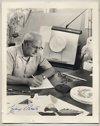Signed Photograph Of Gilroy Roberts