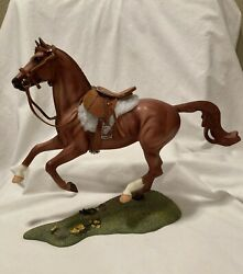 Breyer Show Jumping Warmblood with Saddle and Bridle