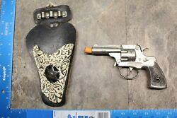 Vintage 1950's Hubley Toy Cap Gun And Real Texan Holster 108b
