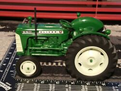 Oliver 550 1/16 Plastic Farm Tractor Replica Collectible By Yoder