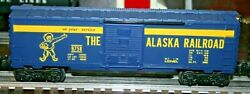Lionel Freight Car Lot With Boxcars In Good Condition. 9319 Disney Bullion Car
