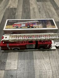 Hess 1986 Red Vintage Fire Truck Bank New In Box Nib
