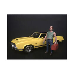 Sam With Tool Box Figurine For 1/18 Scale Models By American Diorama 38180