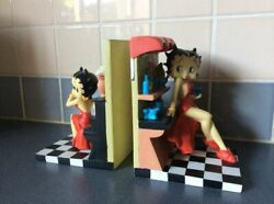 Extremely Rare Betty Boop At Home Figurine Bookends Statue Set