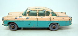 Matchbox 1-75 Series No. 22b Vauxhall Cresta Pink And Turquoise Sides Very Rare