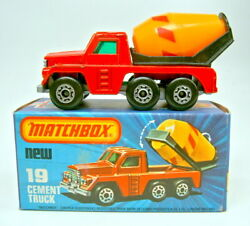 Matchbox Superfast No. 19c Cement Truck Red Yellow Barrel Silver Painted Base