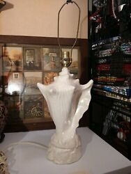 Vintage Mid Century Conch Sea Shell Table Lamp Hollywood Regency Style