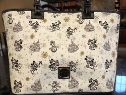 Nwt Disney Dooney And Bourke 2020 Christmas Holiday Mickey Tote Bag Fast Shipping