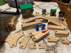 Huge Lot Of Thomas The Tank Engine Wooden Tracks, Buildings, And Trains