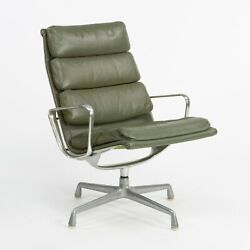 1970s Herman Miller Eames Aluminum Group Soft Pad Lounge Chair In Green Leather