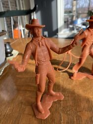 Cowboy Marx Plastic Figure With 2 Guns And Hat - 6 Inch - Louis Marx And Co -1964