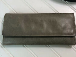 Hobo quot; The Original quot; Gray Leather Clutch Wallet $25.00