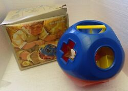 Tupperware Shape O Ball Sorter Red Blue Tuppertoys Baby Childrenandrsquos Toy 1968 Box